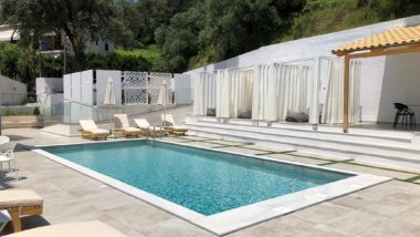 Theros Suites - adults only